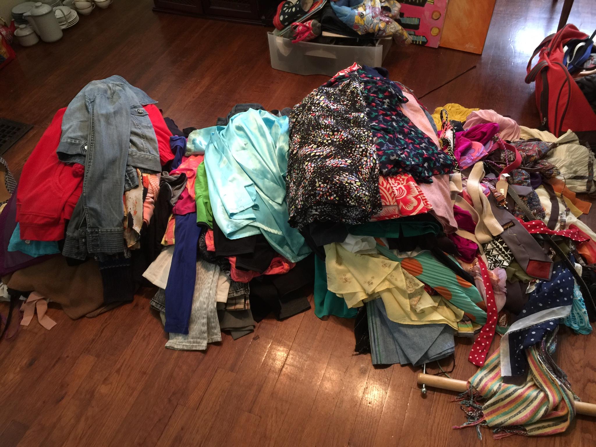 10 Secrets to Declutter Effectively Using the KonMari Method